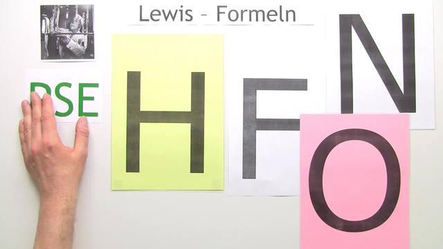 Lewis-Formel – Valenzstrich